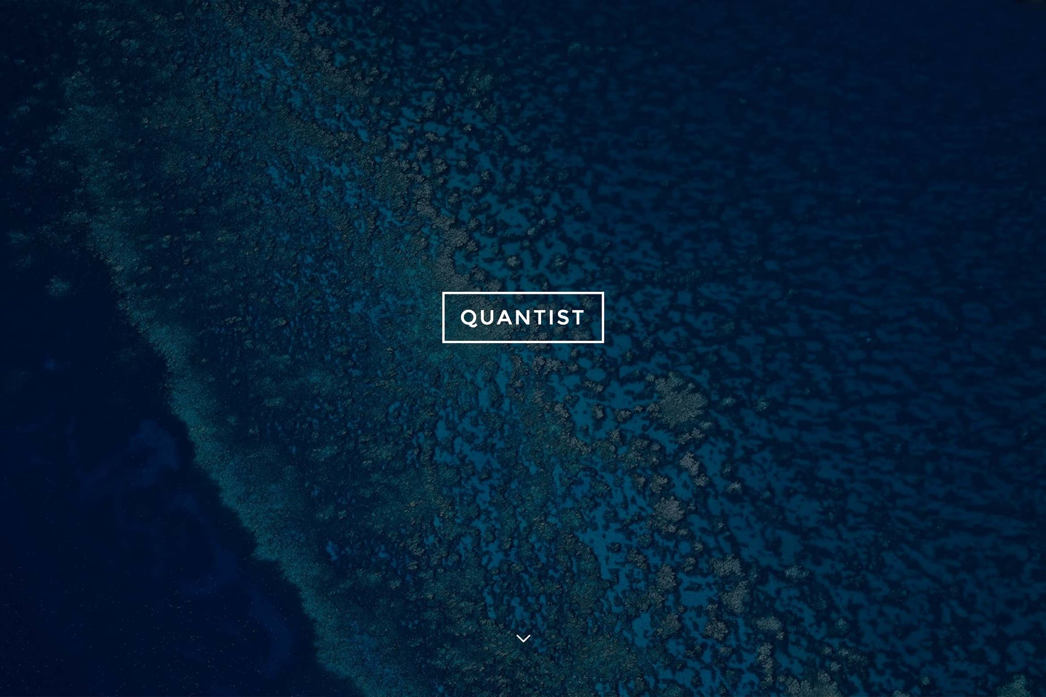 Quantist - A Responsive Fullscreen Cover Theme