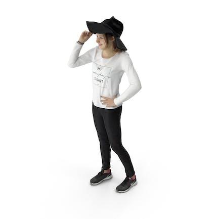 Женщина стоя с шляпа