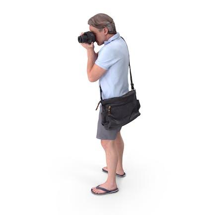 Tourist Mann posiert