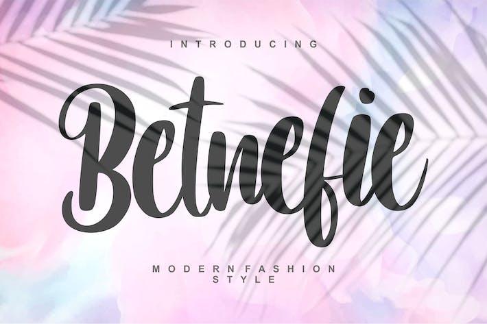 Betnefie | Police de style moderne