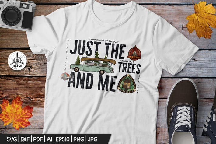 Thumbnail for Vintage Camp Badge / Retro Forest Graphic T-Shirt