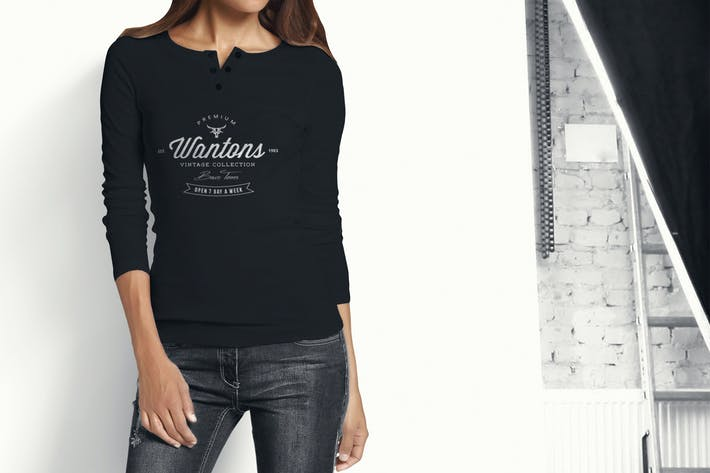 Cover Image For Woman Longsleeve Shirt Mock-up