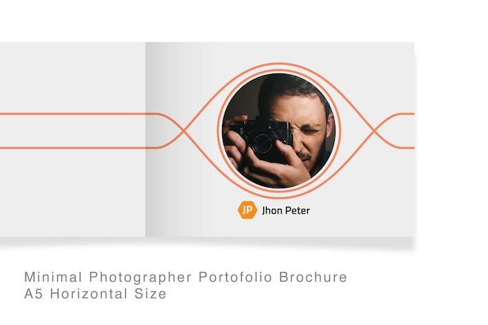 Thumbnail for 22 Seiten Minimal Fotograf Portofolio Broschüre
