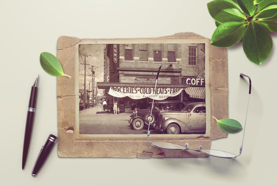 Vintage Photo Mockups