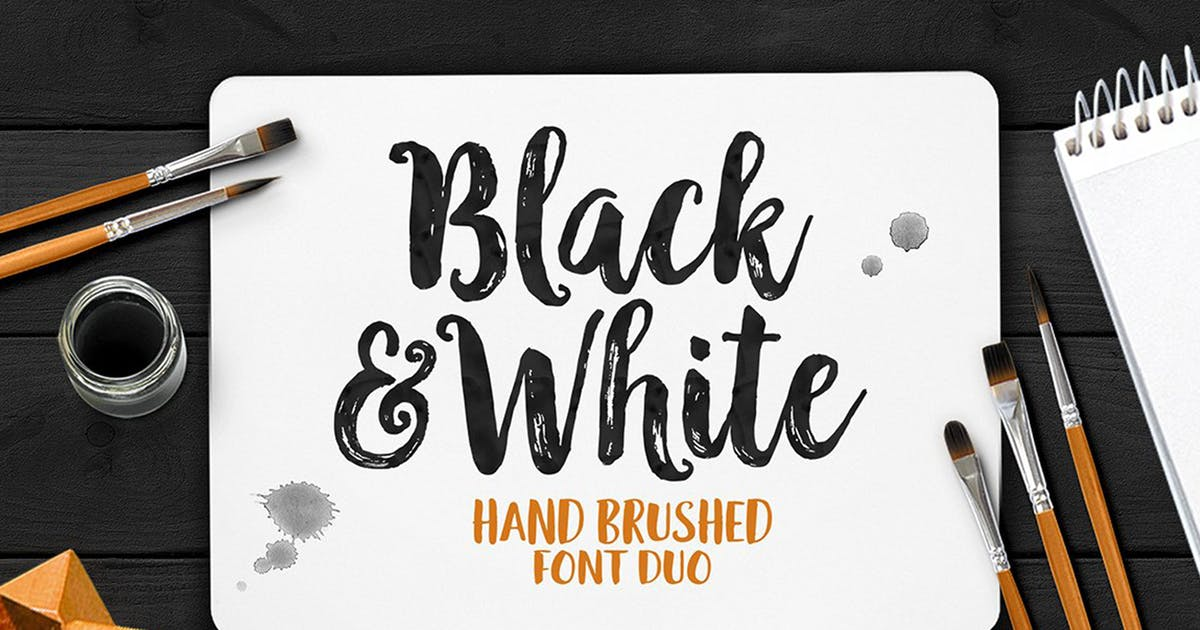 Download Black And White Typeface by Seniors_Studio