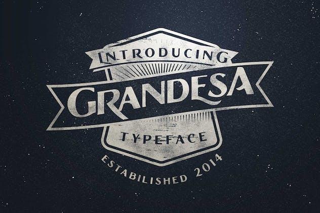 Grandesa Typeface