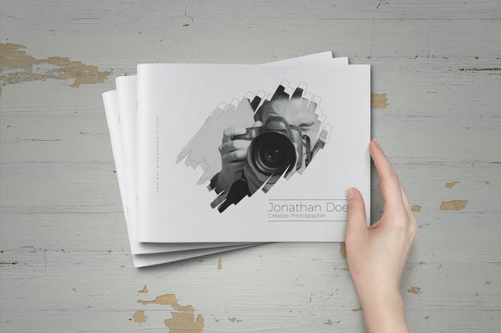 Thumbnail for Minimal Photographer Portfolio