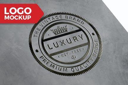 Grunge Silver Logo Mock-Up