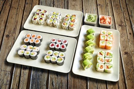 Sushis_Maki_Plate_PERSPECTIVE