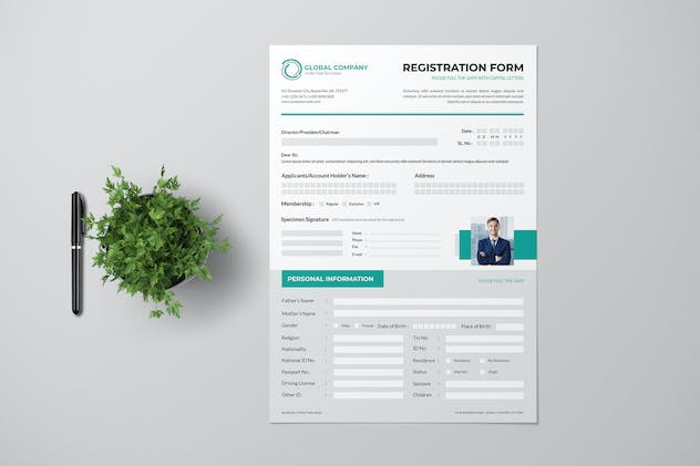 Clean Registration Form Wit Turquoise Accent