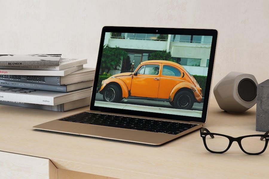 14x9 Laptop Screen Mock-up