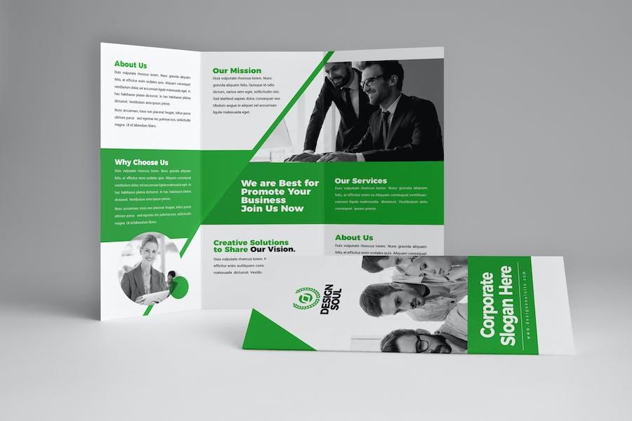 Green Trifold Broschüre