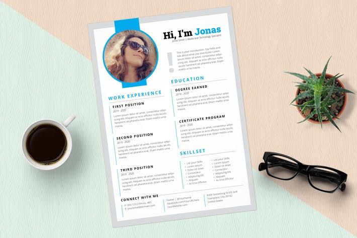Thumbnail for InDesign Resume Template (Blue)