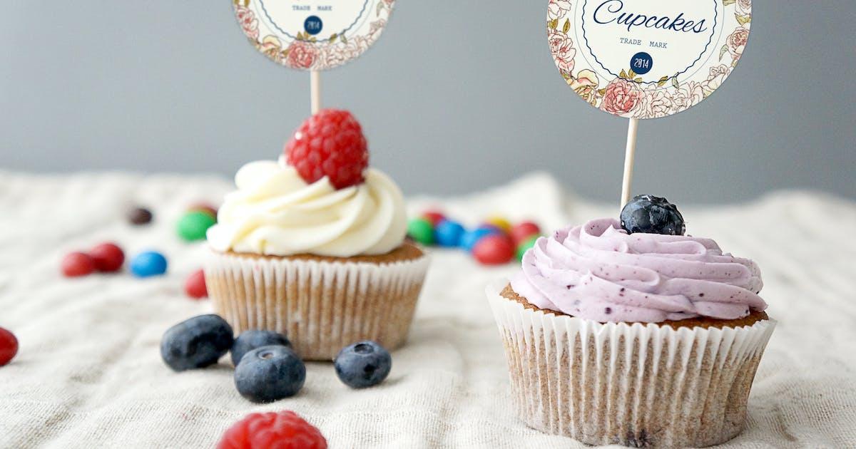 Download Cupcake Mockup by amris