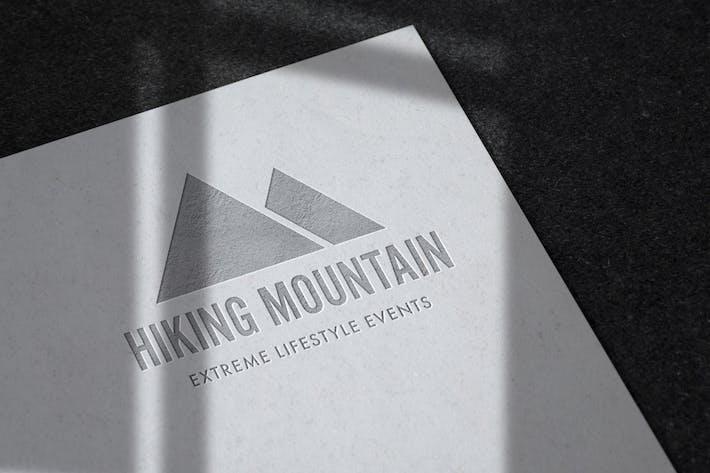 Thumbnail for Geprägtes Logo Mockup auf ungestrichenem Papier
