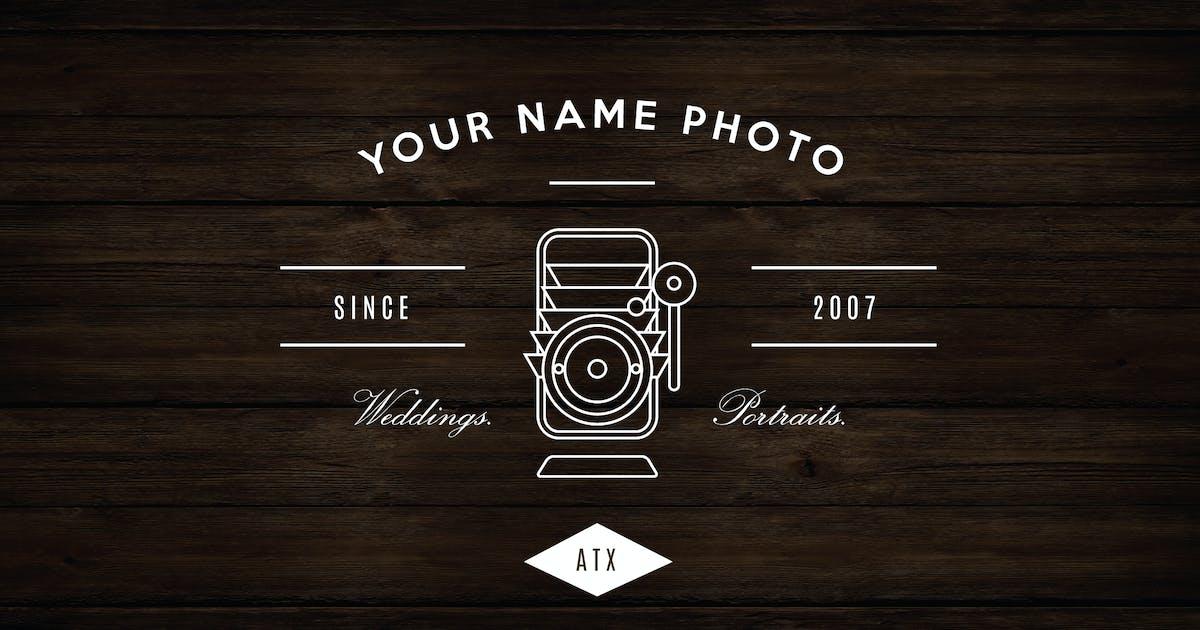 Vintage Camera Logo by roselindo