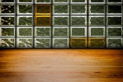 8 Urban Stage - Grunge Walls