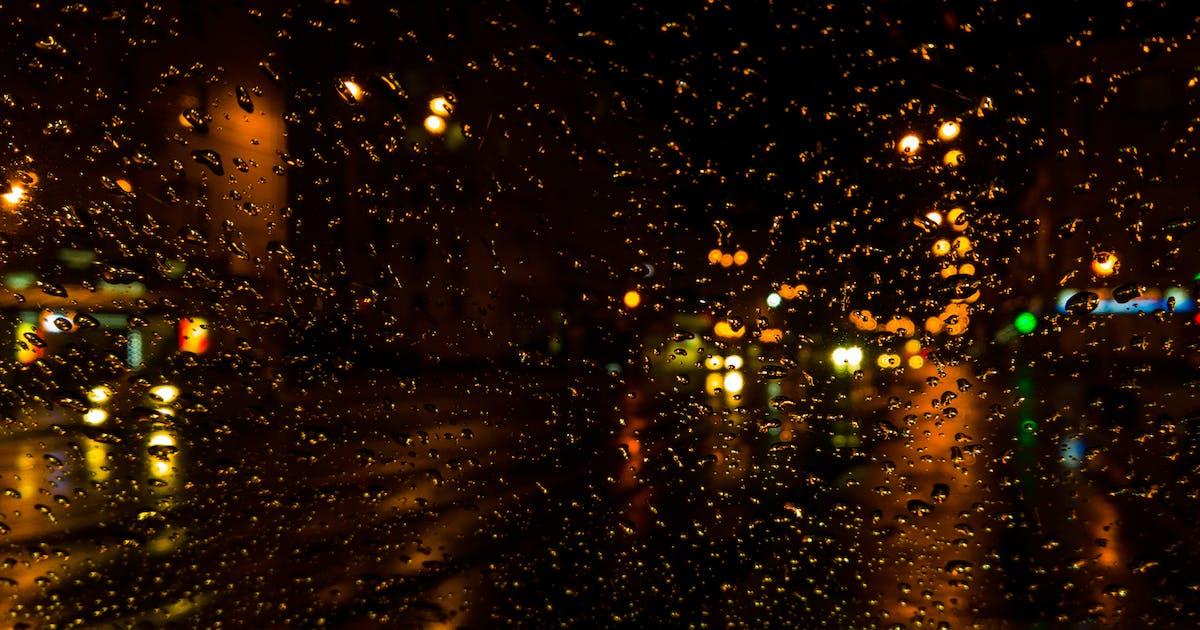 Download Night Raipdrops on Window backgroung / Wallpaper by SinCabeza