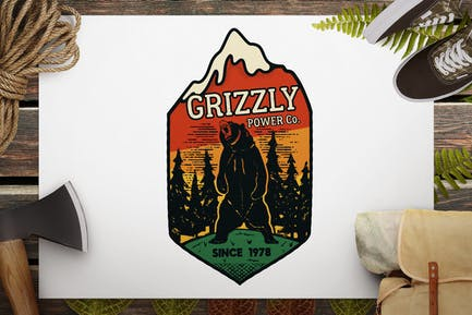 Wild Animal Retro Logo / Camping Bear Badge