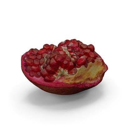 Realistisches Stück Granatapfel