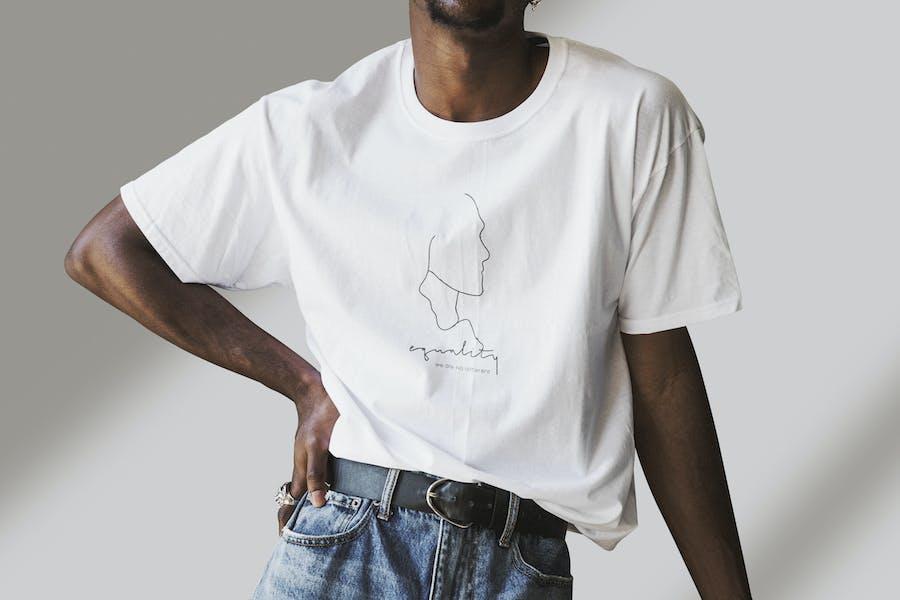 Man Wearing T-shirt Mockup Psd