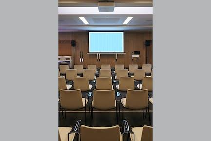 Conference_Room_Screen-VERT-Mockup