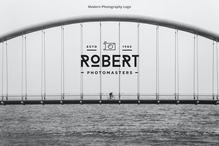Modern Photography Logo
