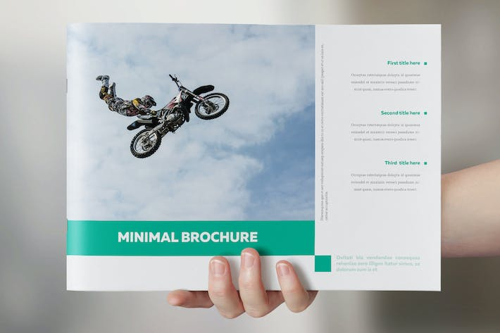 Cover Image For Minimal Simple Brochure