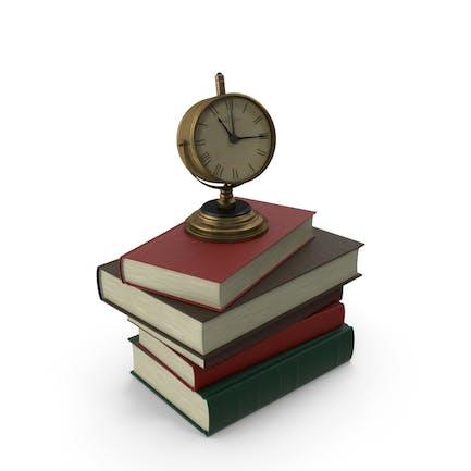 Stapel Bücher mit Uhr