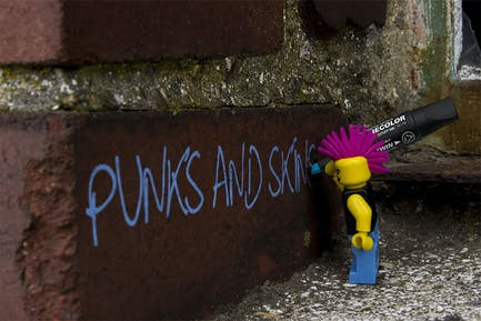 Punk's and Skins Typeface