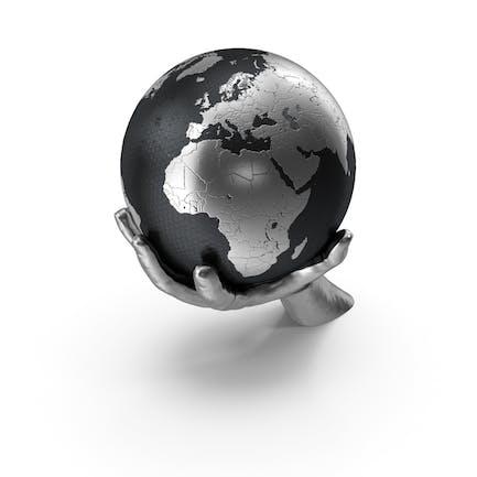 Mano de plata sosteniendo una tierra plateada